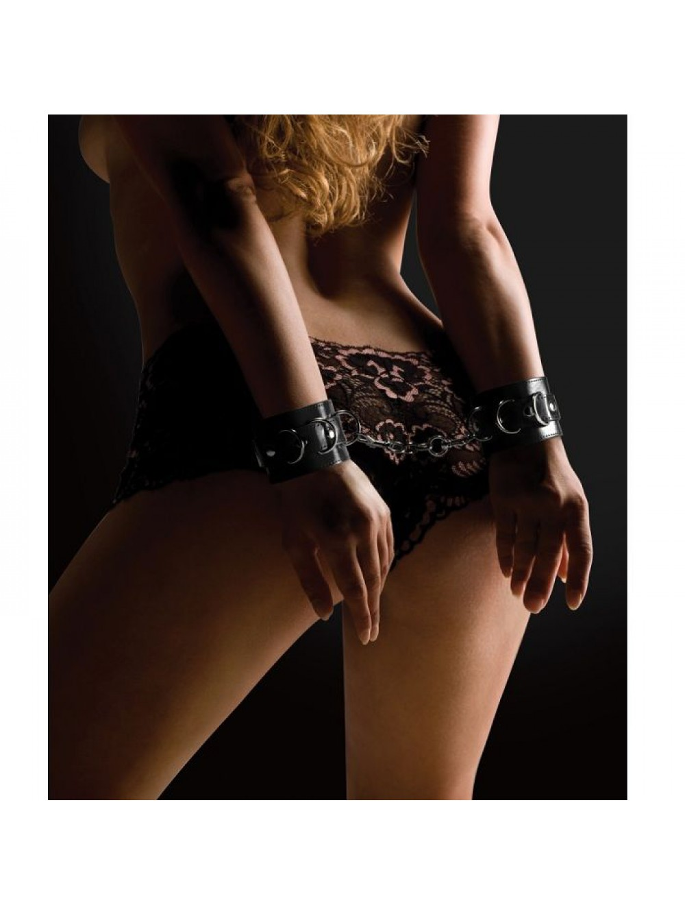 OUCH LEATHER CUFFS BLACK